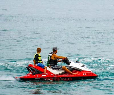 Jet skis on bear lake
